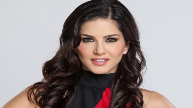Hot and Sexy Sunny Leone will return to Indian TV
