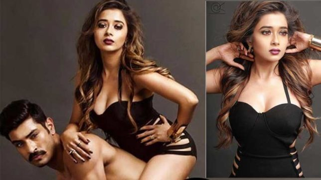 tinaa-datta-aka-iccha-poses-with-nude-model-in-new-bold-photoshoot