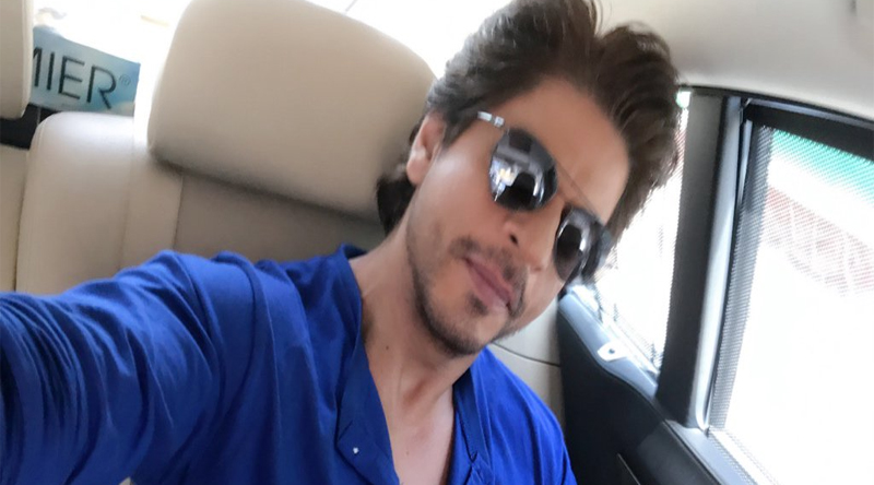 Shah rukh khan to make commentry debut today at India VS Pakistan