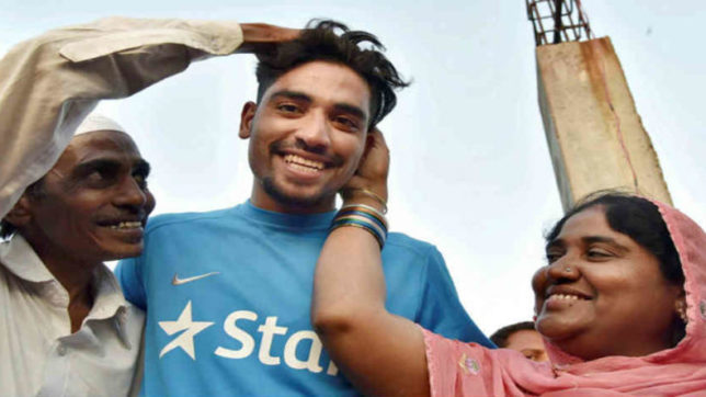 mohammad siraj, indian cricket team, fast bowler, ipl player, t20 match, new zealand cricket team, auto driver son