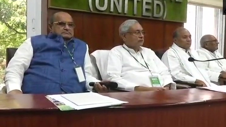 JDU and BJP alliance will continue, Nitish Kumar Ready to Contest 17 Lok sabha Seats in Bihar