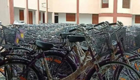 Due to raman singh government negligence in Chhattisgarh Thousands of bicycles became junk