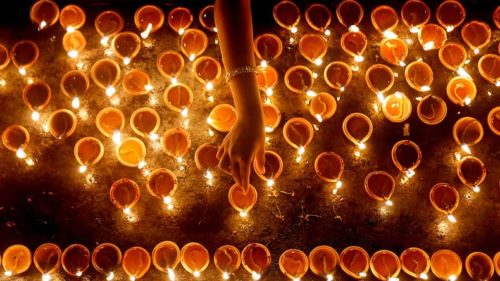 WhatsApp-messages,-Choti-Diwali-wishes-and-greetings,-SMS,-Facebook-posts