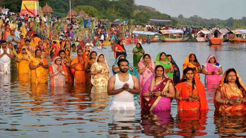 chhath puja does not get leave approve manager rohit anand resigns from job
