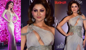 Urvashi-Rautela-sexy-video