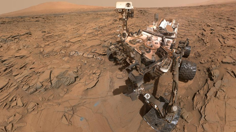 Nasa Curiosity Rover Discovers Alien Life